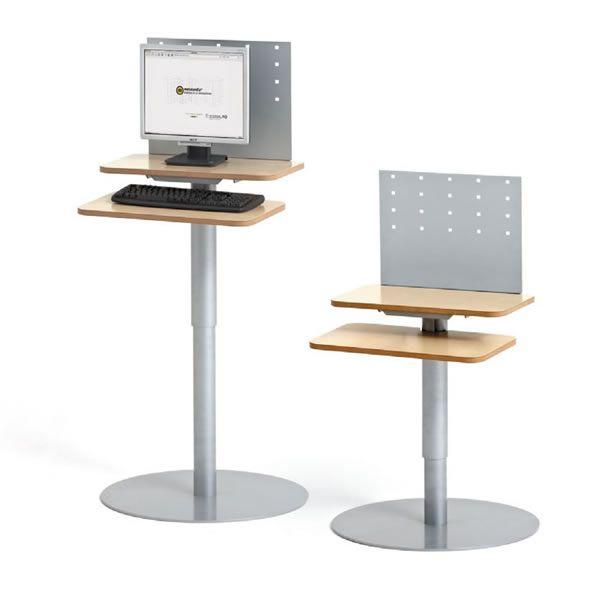 Puesto informático de pie