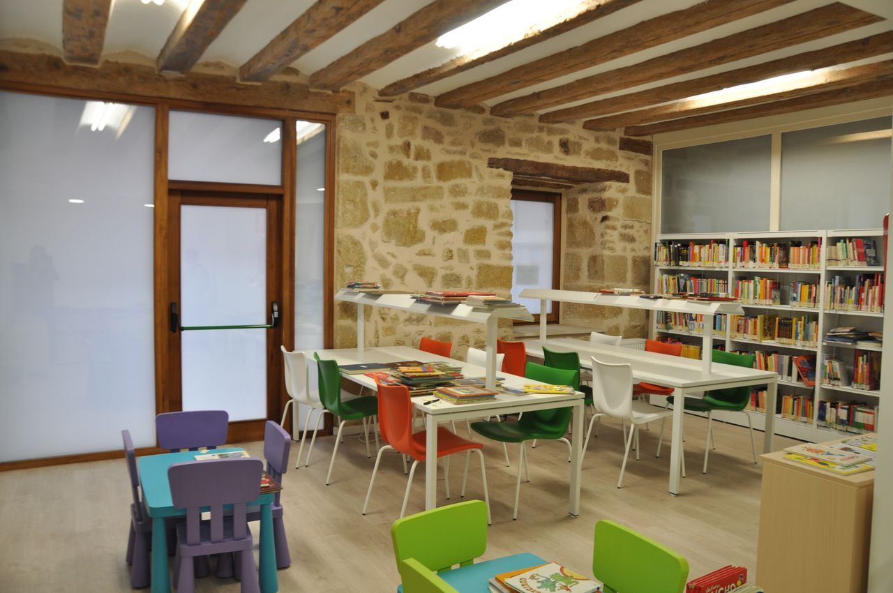 Biblioteca pública Municipal de Valderrobres (Teruel)