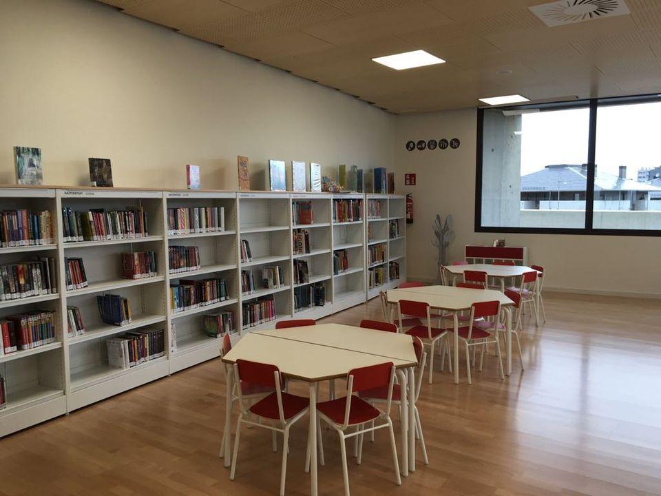 Biblioteca del Centro Cívico de Zabalgana (Vitoria)